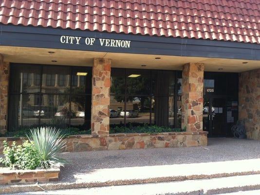 vernon+city+hall_1427145587772_15427181_ver1.0_640_480.jpg