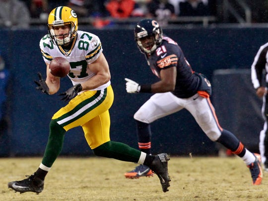 Jordy Nelson reels in a reception against the Chicago Bears on Dec. 29, 2013.