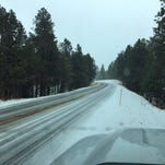Snow falls in northern Arizona, more expected into the week