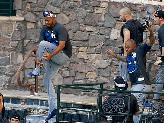 If the Dodgers win at Chase Field, Dan Bickley suggests
