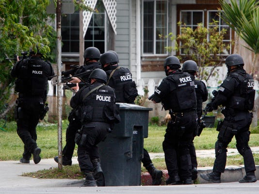 -Police Operation2.jpg_20100517.jpg