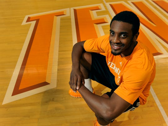 Tennessee men's basketball newcomer portrait of Ian Chiles Thursday, Sep. 4, 2014.