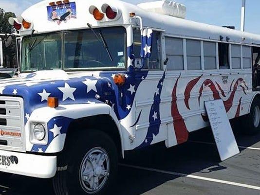 636592124830963386-food-truck-size.jpg