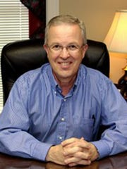 Steve Baggett, minister at Walnut Street Church of