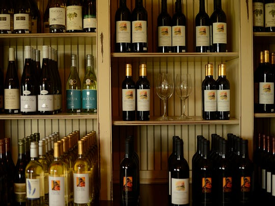 ES_GPG_WI Ledge AVA Celebration at Ledgestone Vineyards _8.16.1400040.jpg
