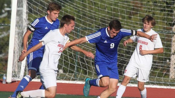 Pearl River boys' soccer won 1-0 at Tappan Zee Sept.