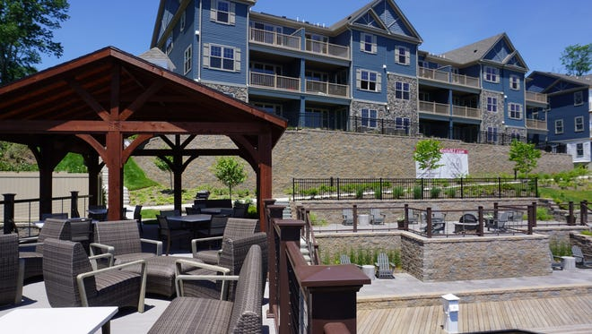 Mariner's Pointe is a community of luxury townhomes on the banks of Lake Hopatcong, with common areas overlooking the lake for residents to enjoy.