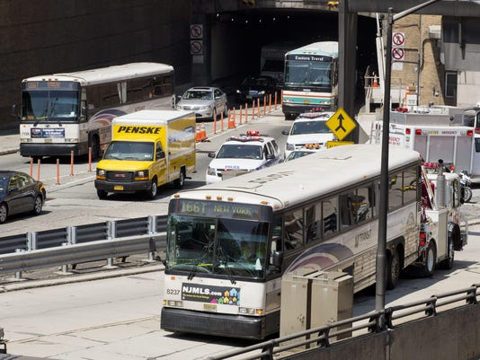 Lincoln Tunnel Bus Accident (2)