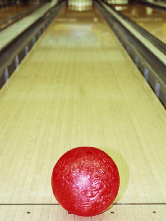 BowlingBallLaneHC1307_X_th_C