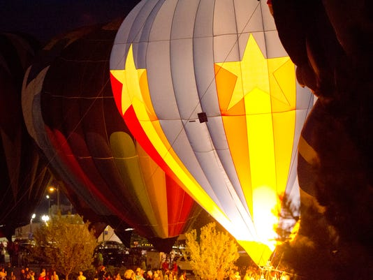 MAN n Lakeshore Balloon Glow
