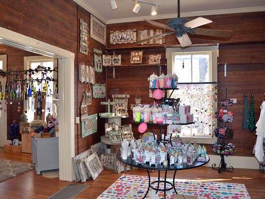 Harley Rae Boutique offers a variety of gifts and accessories as well as many Mississippi made products.