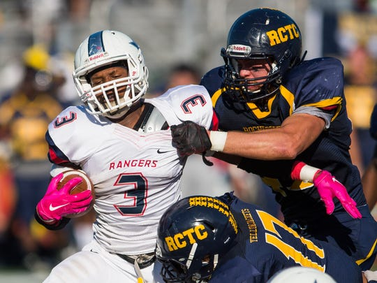 Northwest CC running back Justin Crawford (3) tries to get outside against Rochester during the Mississippi Bowl held Sunday in Biloxi . (Bob Smith-For the Clarion Ledger)