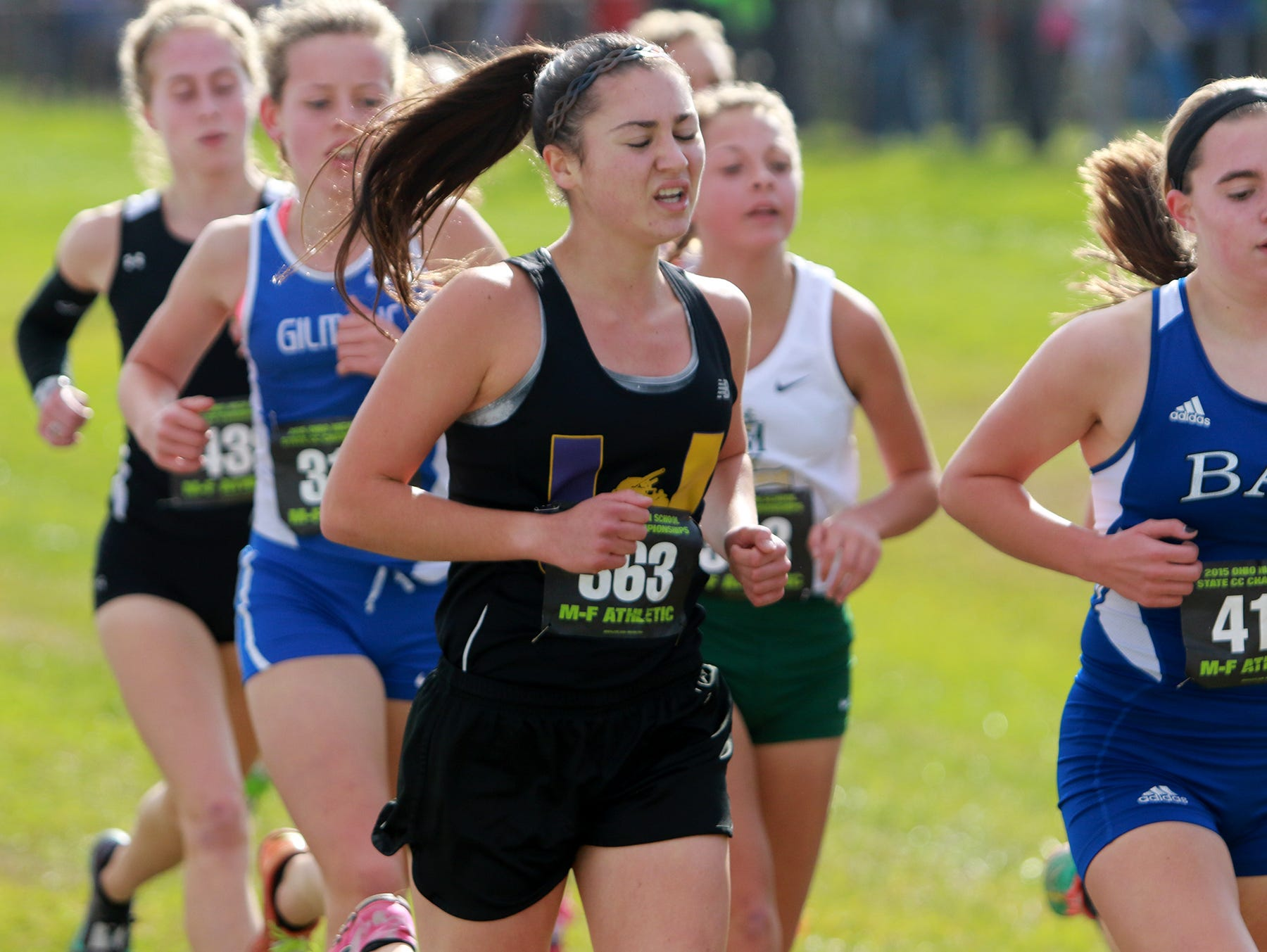 Haley Wright of Unioto High School runs in the Division II state cross country meet.