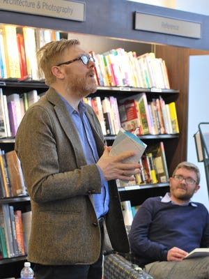 Jón Gnarr speaks to a packed house at Barnes & Noble in Rochester.