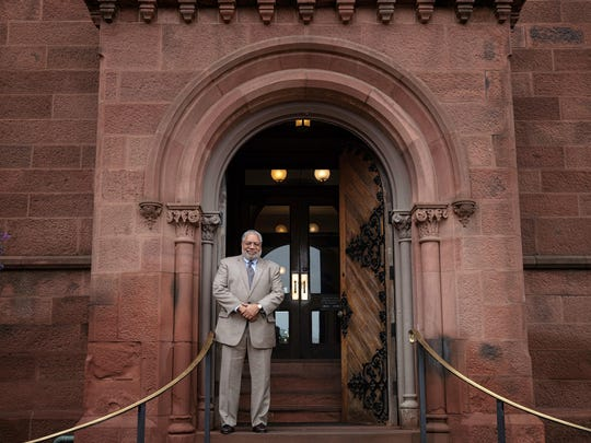 Lonnie G. Bunch III elected Secretary of the Smithsonian