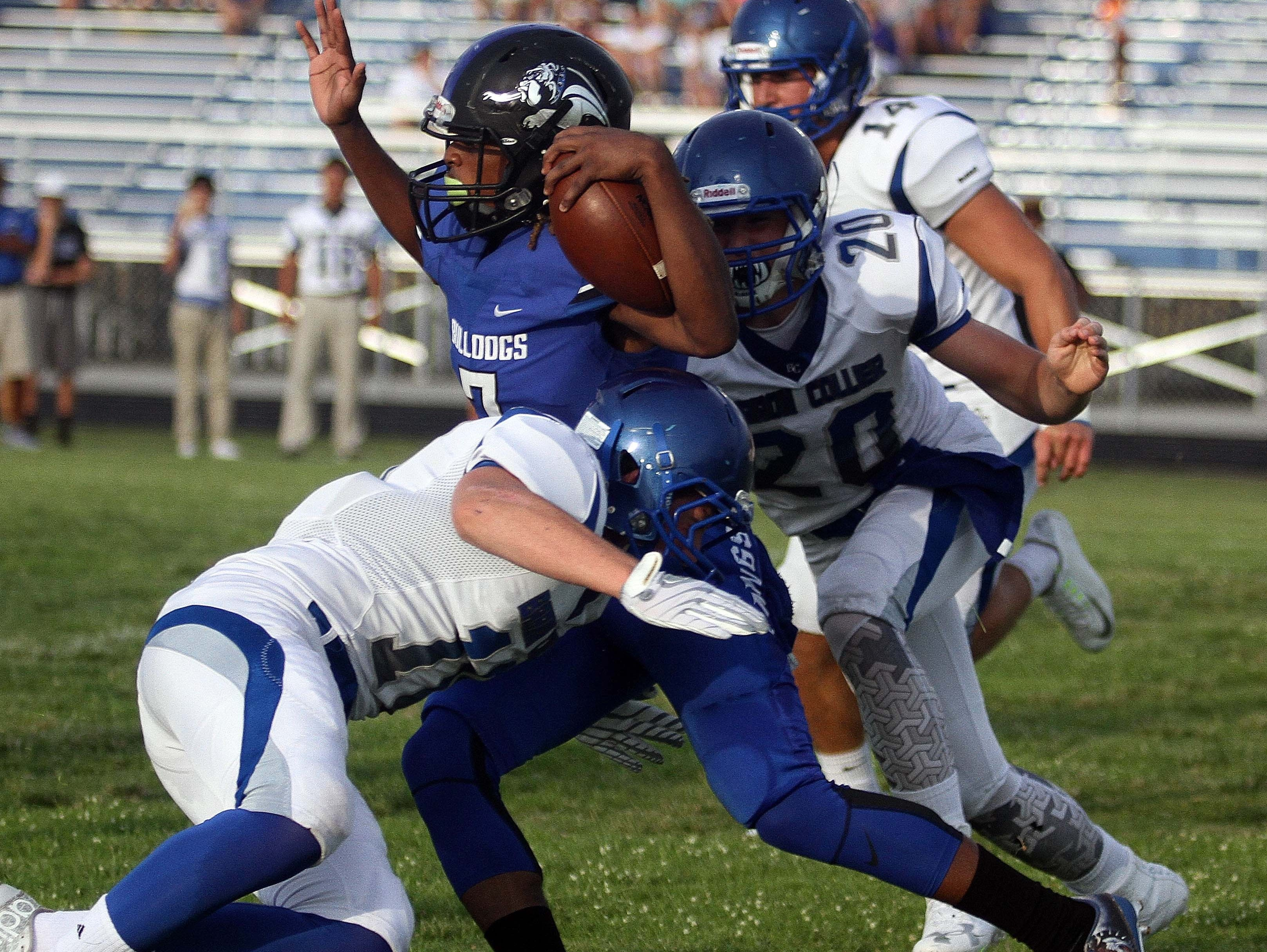 The Ida Baker football team averaged 26 points per game in 2015 but gave up 33. A reversal of those numbers would push the Bulldogs back to their winning ways after their first losing season since 2010.