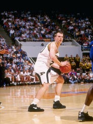 Purdue's Linc Darner looks to pass during a March 1994