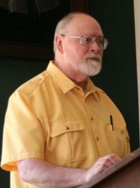 Robert Schuyler, associate professor of archaeology at the University of Pennsylvania, speaks at the Vineland Historical and Antiquarian Society.