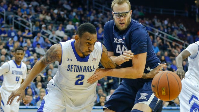Seton Hall had no real answer for Matt Stainbrook (right) or Jalen Reynolds, who combined for 28 points and eight boards, but made up for it with nine 3-pointers.