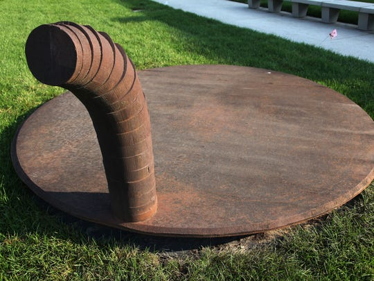 "Martin Puryear's ""Decoy."""