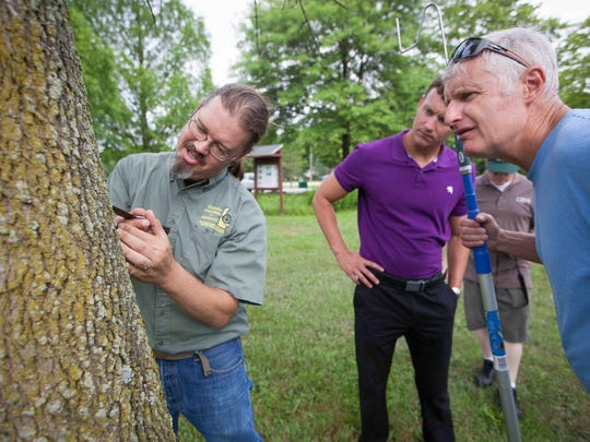 Jimmy Kroon (left), state survey coordinator with the
