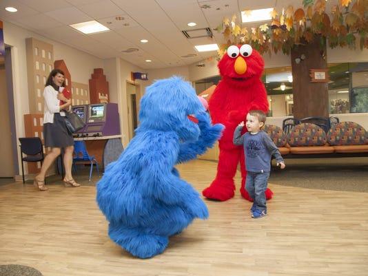 092215 Elmo & Grover (93 of 233)