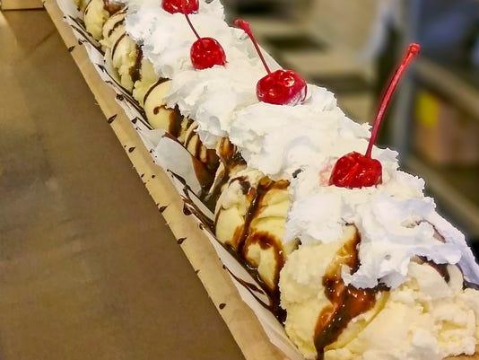 635997073364792389-Long-ice-cream-sundae--House-of-Flavors--Jen-Tooman-House-of-Flavors---2.jpg