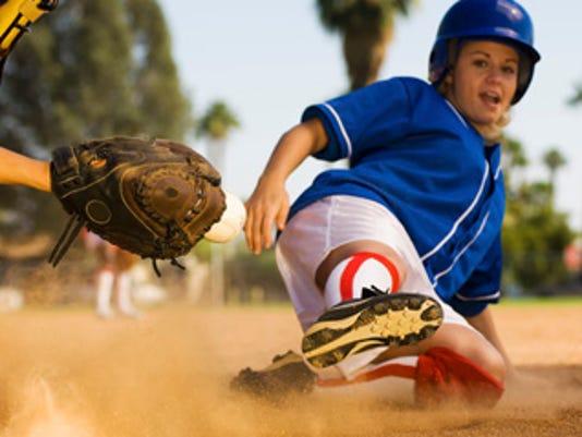 636318770813335790-Softball-slide.jpg