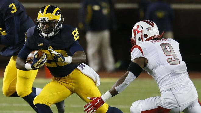 Ross Taylor-Douglas was a running back at Michigan in 2015 but he will play cornerback for Rutgers as a transfer in 2016.