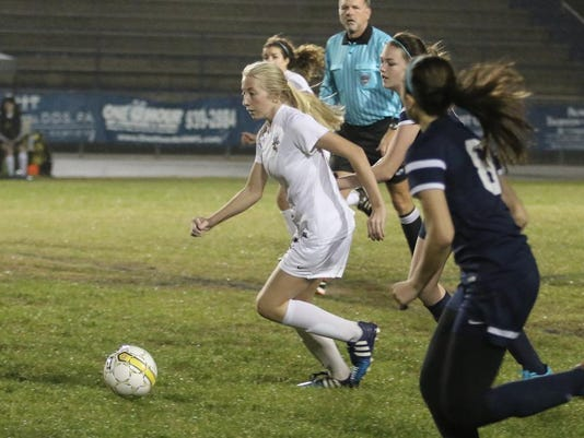 sm2016-01-gbhs-arnoldhs-soccer-quarterfinal--0008