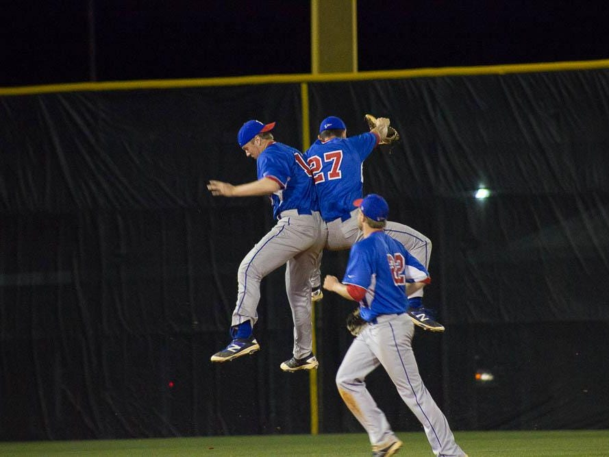 The Pace Patriots rallied in the final two innings to stun Tate with a 9-5 win and take the No.1 spot in District 1-7A