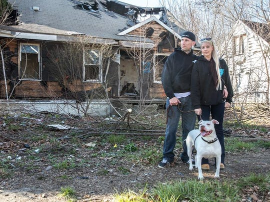 David McMurtrie and Kayli Sparks rescue dogs in bad