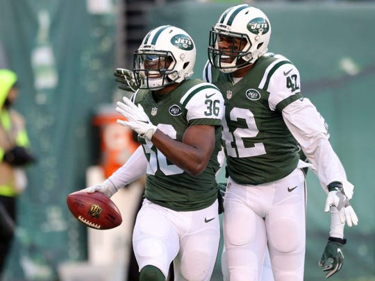 New York Jets safety Doug Middleton celebrates after recovering a kickoff in the end zone for a touchdown against the Buffalo Bills. (Brad Penner-USA TODAY Sports)