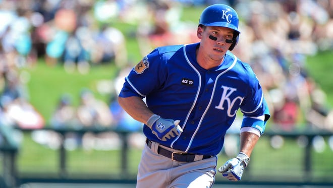 The Reds claimed 1B/OF Peter O'Brien off of waivers from the Royals on Tuesday.