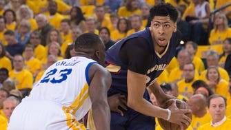 Anthony Davis scored 20 of his game-high 35 points in the fourth quarter during Game 1.