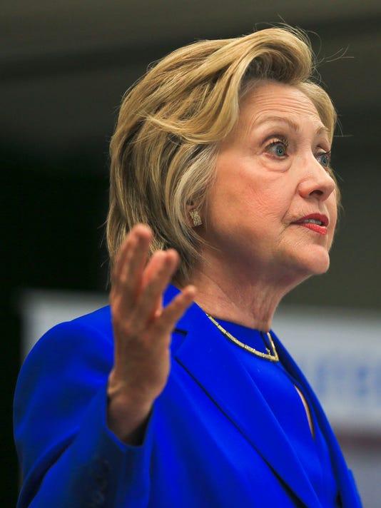 635985003463137380-HillaryClintonFamilyCenters-10.jpg