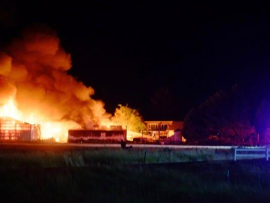 636353043727011816-Massive-Barn-Fire-Hwy-22-Exit-12-Stayton-Kronquist-Photo---1.jpg