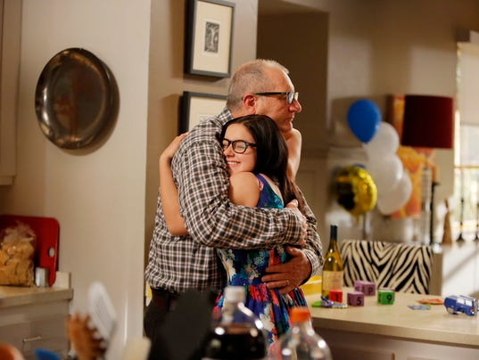 Watch modern family season 5 episode 24 (s05e24)