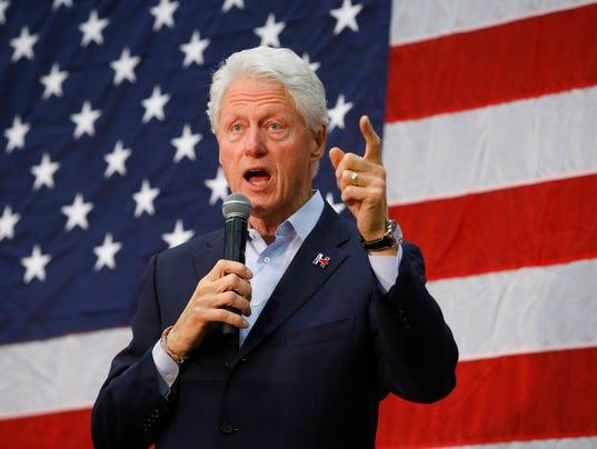 Bill Clinton stumps for Hillary Clinton in Phoenix