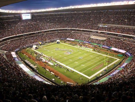 AP ON FOOTBALL MEXICAN FIESTA S FBN FILE MEX