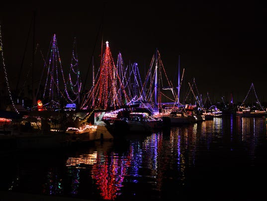 Parade-of-Lights-Channel-Islands-Harbor-01.JPG