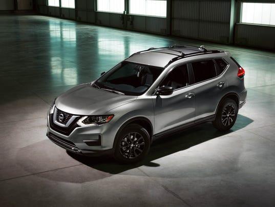 636221860066518694-Nissan-Midnight-Edition-05.JPG