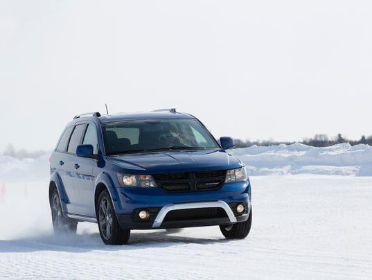 636356169063604008-2015-Dodge-Journey.jpg