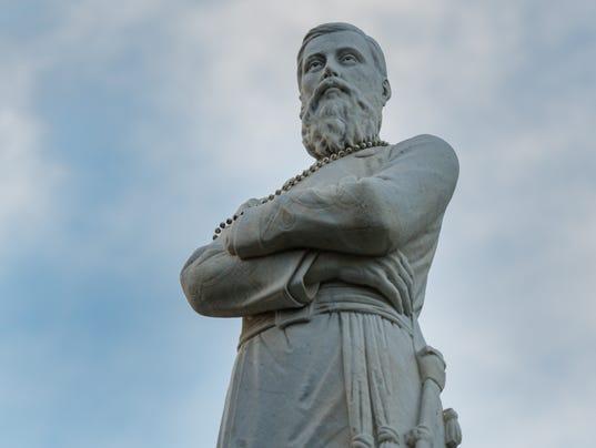 Gen. Alfred Mouton statue