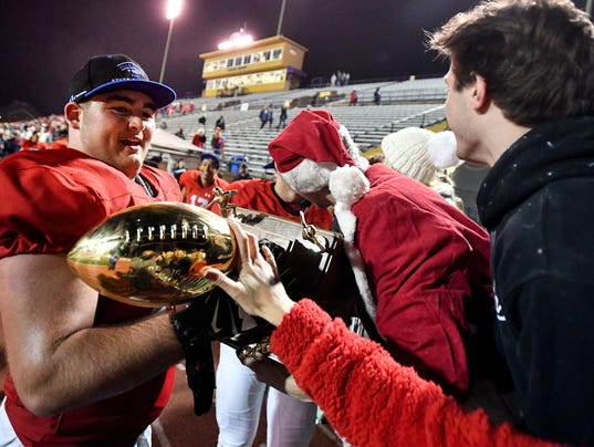 State_Football_Division-II-AAA_12