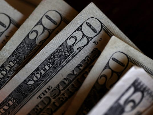 US Dollar Drops To Two And Half Year Low After Latest N. Korean Missile Launch