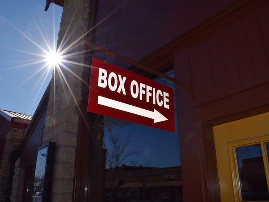 636516595749001962-Branson-Owen-Theatre-Box-Office-Sign.jpg