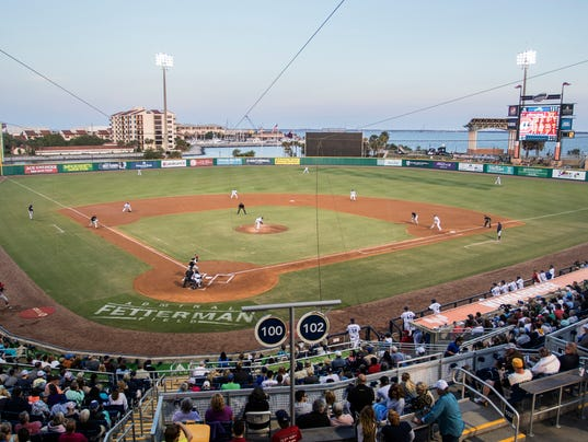 Chattanooga Lookouts vs Blue Wahoos