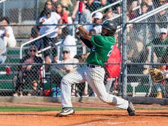 636591716454828635-Lafayette.Acadiana.baseball.04.12-2413.jpg