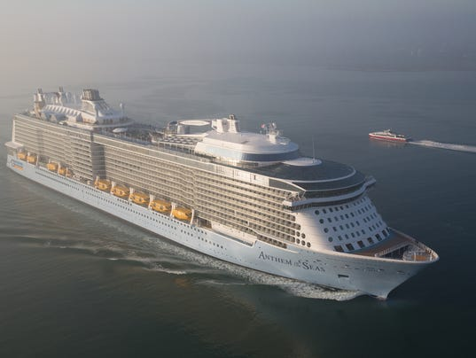 Giant Royal Caribbean Ship Damaged In Extreme Storm Will Return - Cruise ship hits rough seas